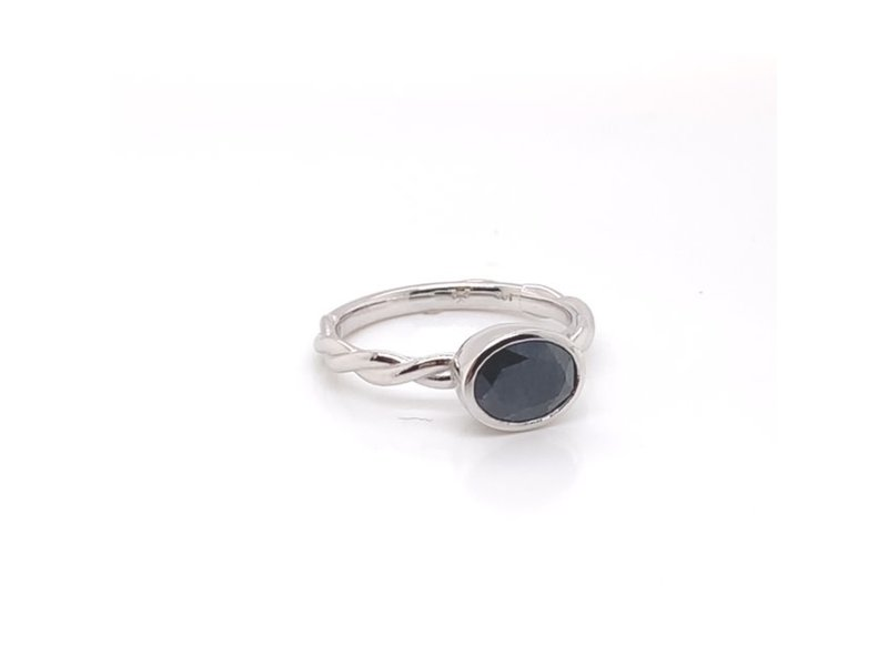 On The Edge Lavish Love Ring - Blue Sapphire