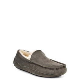 UGG MEN'S ASCOT SLIPPER WIDE-CHARCOAL