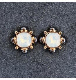 VC Italy VCExclusives: Annie Moonstone Onyx Pierced