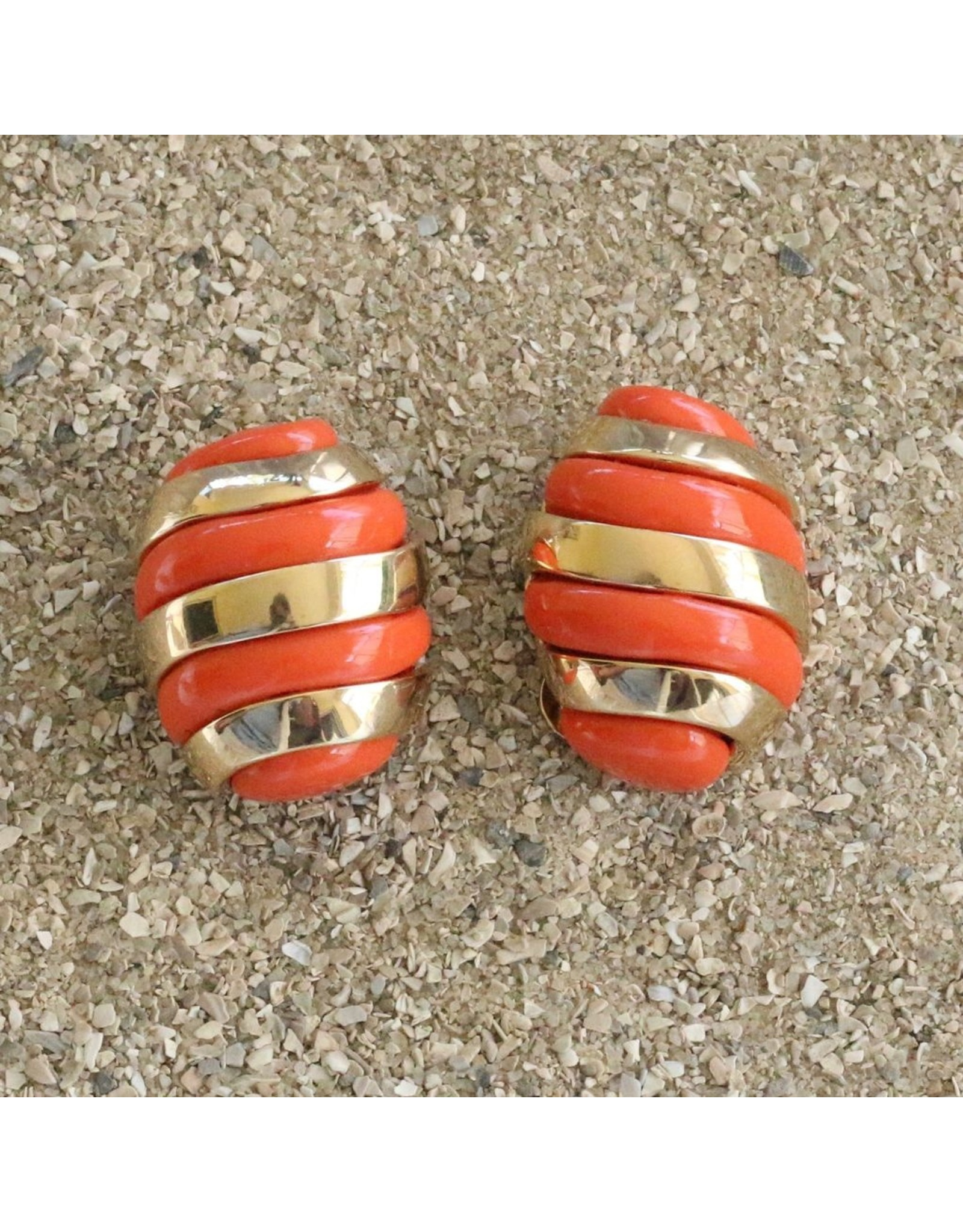 VC Italy VCExclusives: Banded Egg / Coral and Gold