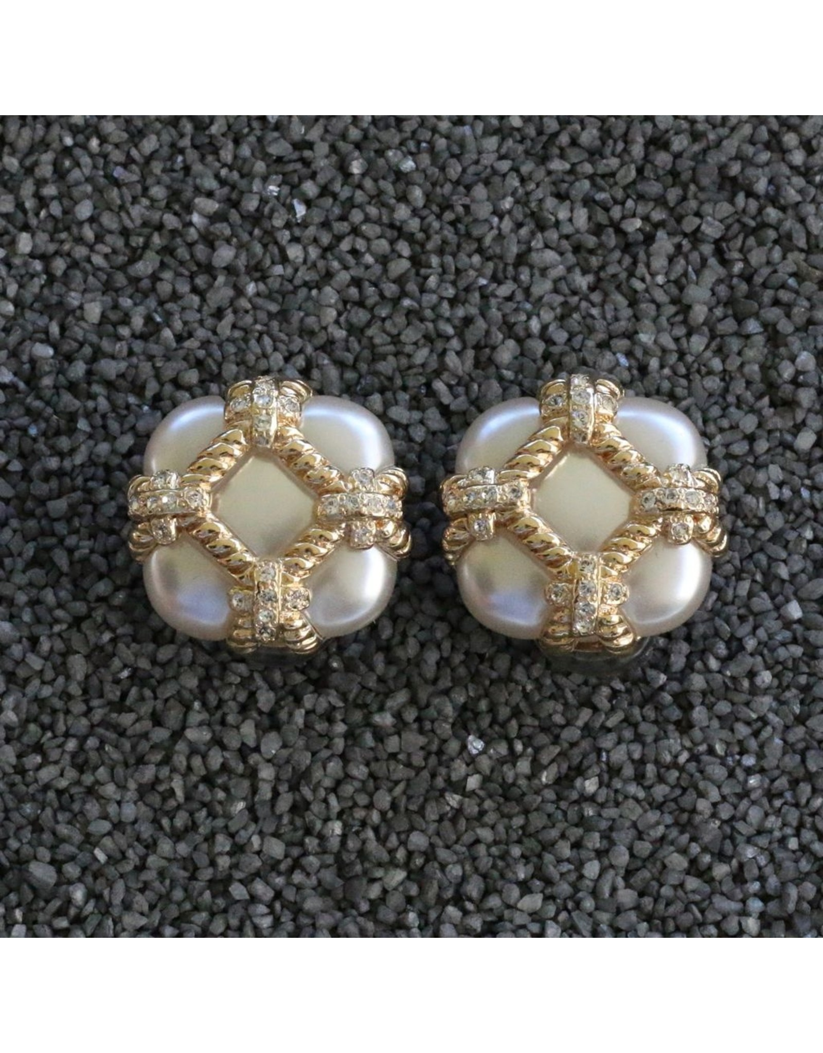VC Italy VCExclusives: Zinnia Pearl & Gold