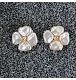 VC Italy VCElusives: Petite Pearl Flower Clip