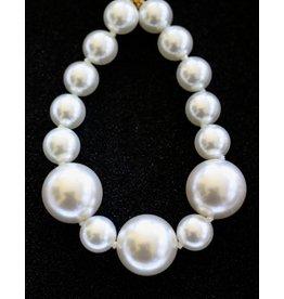 Kenneth Jay Lane KJLane: Giant Pearls