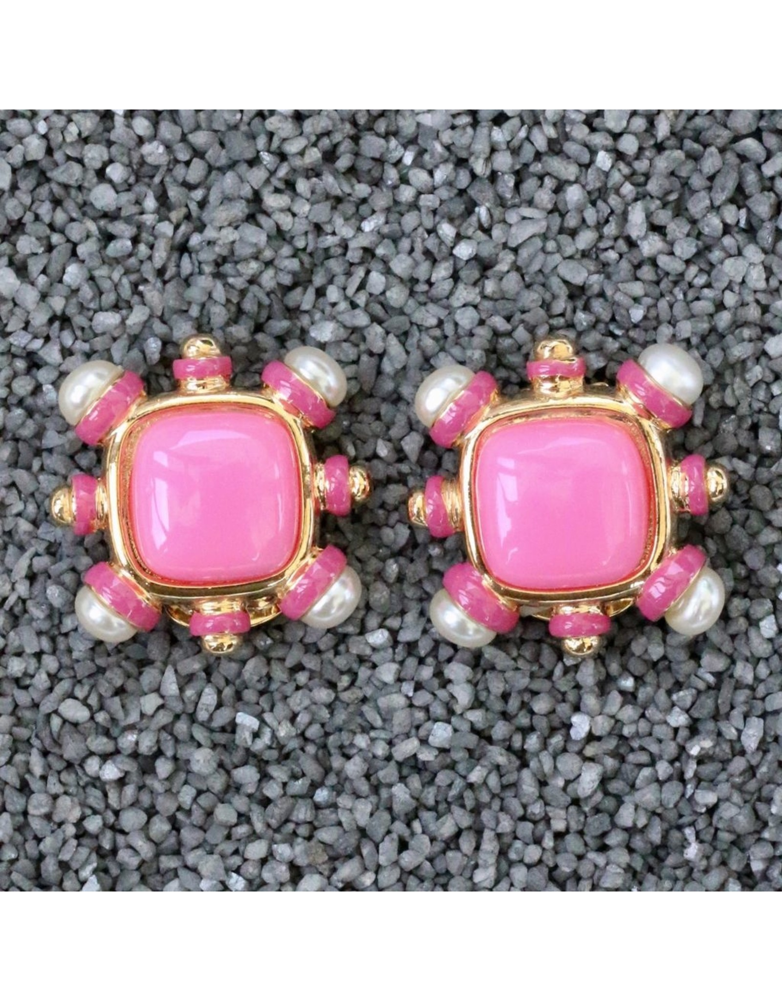 VC Italy VCExclusives: Four Corners Pearl with Pink