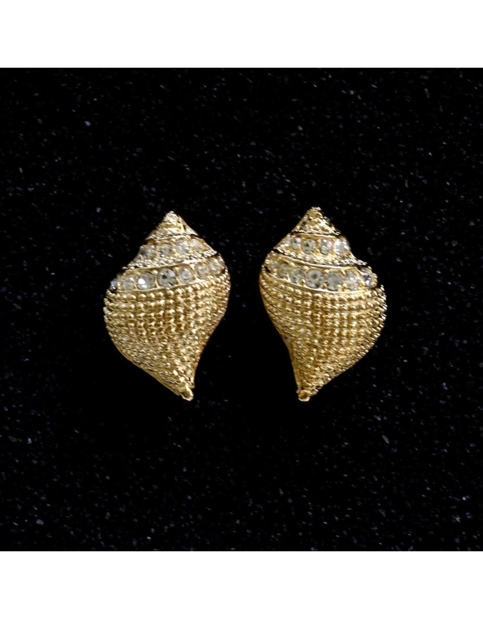 Kenneth Jay Lane KJLane: Conch with CZ's