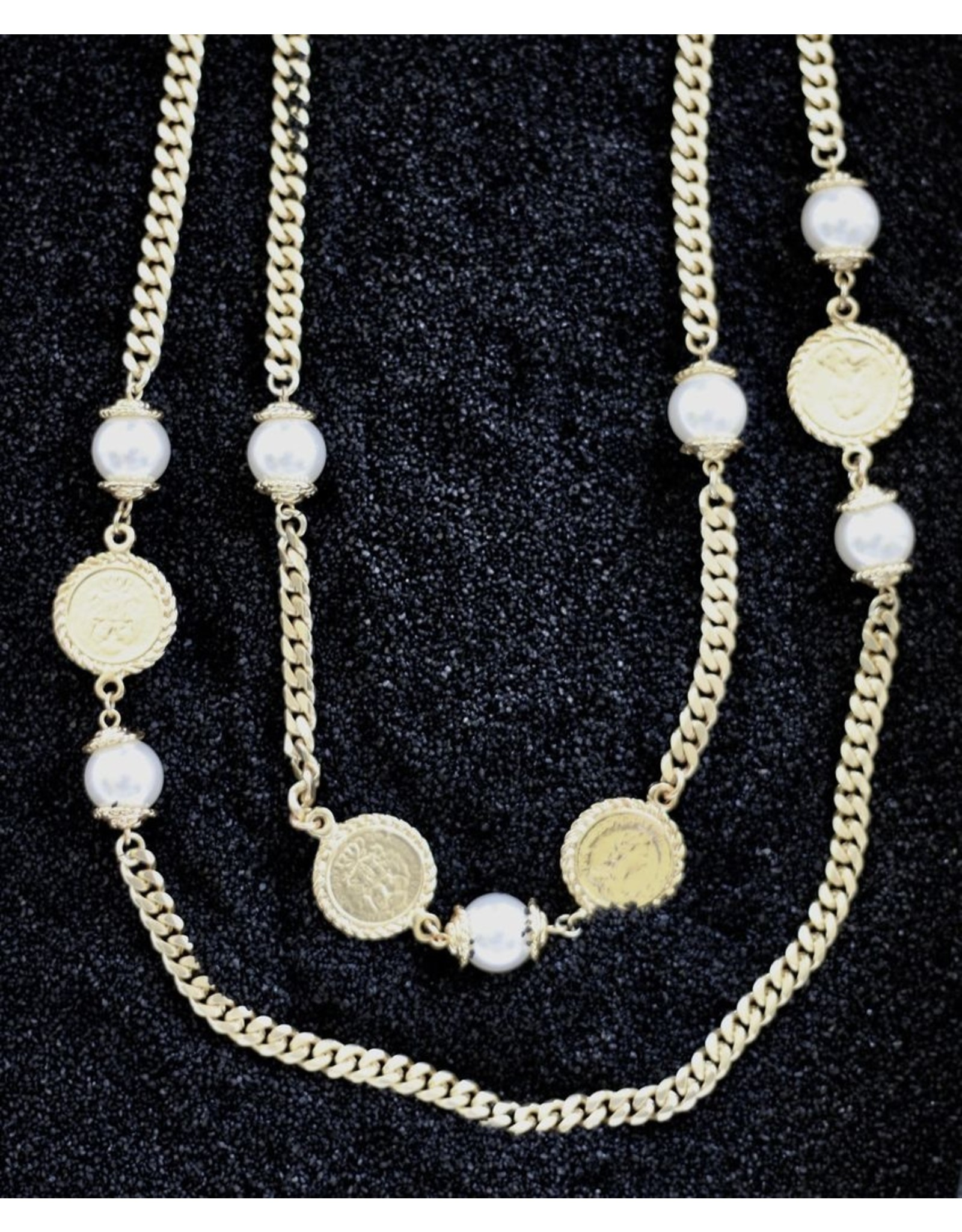Karin Sultan Karin Sultan: Gold Coin and Pearl with <br /> flat Chain