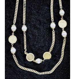 Karin Sultan Karin Sultan: Gold Coin and Pearl with flat Chain