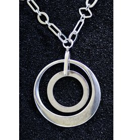 Karin Sultan Karin Sultan: Two Circles in Silver