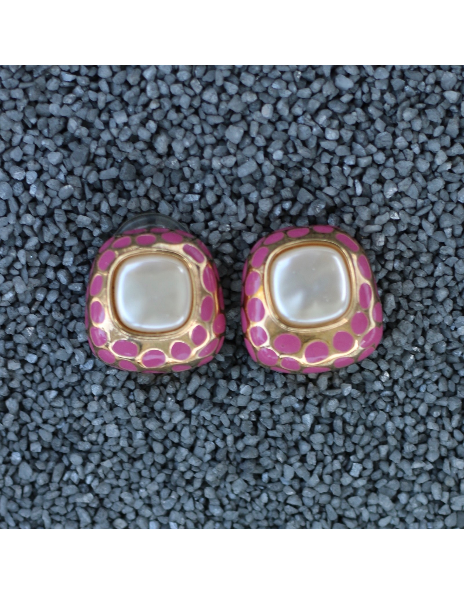 VC Italy rep/rje1876/pearl/goldandpink/dots