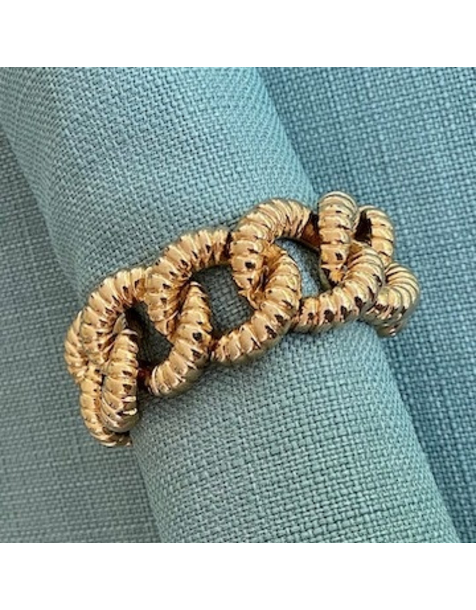 VC Italy Gold Texture Link Bracelet