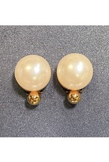 VC Italy Pearl and Gold Clip Earring