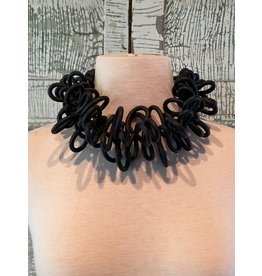 Michaela Malin Maya Collar black