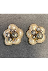 VC Italy Pearl Flower, Dark Pearl Center Clip Earrings