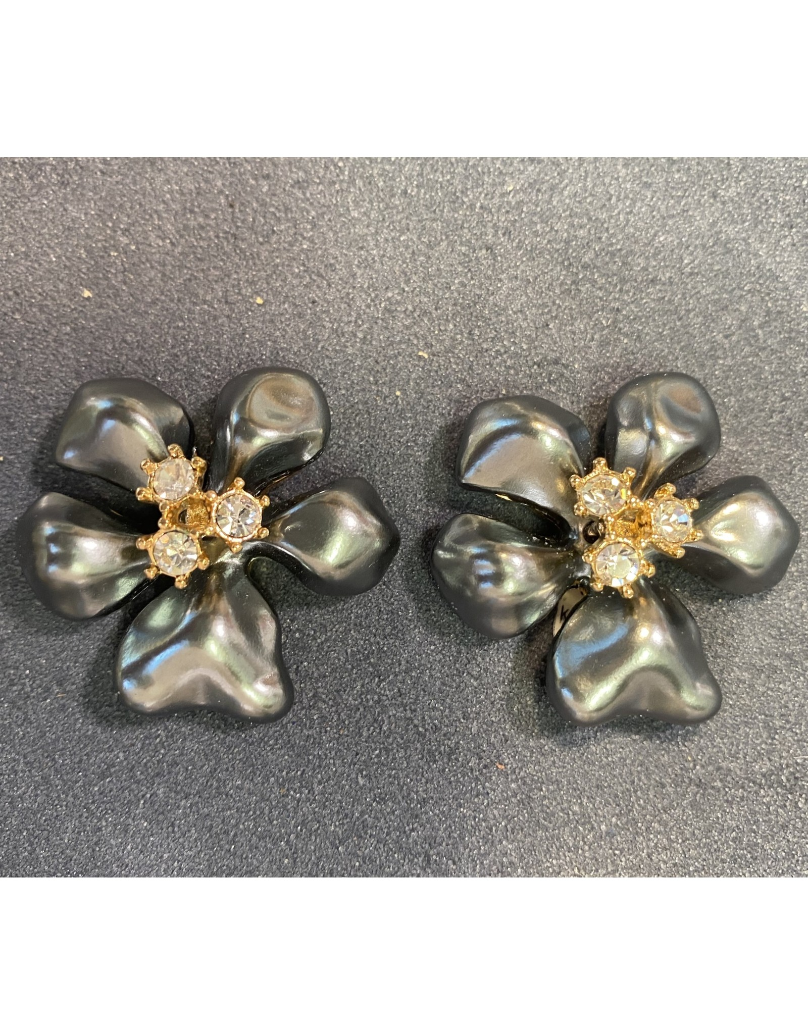 VC Italy Large Clip Flower