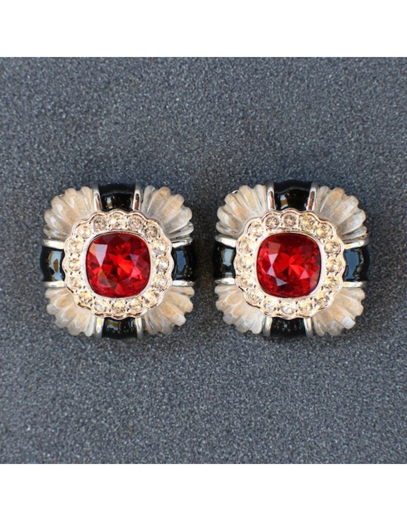 VC Italy Gold, Black and Ruby Clip on Earring