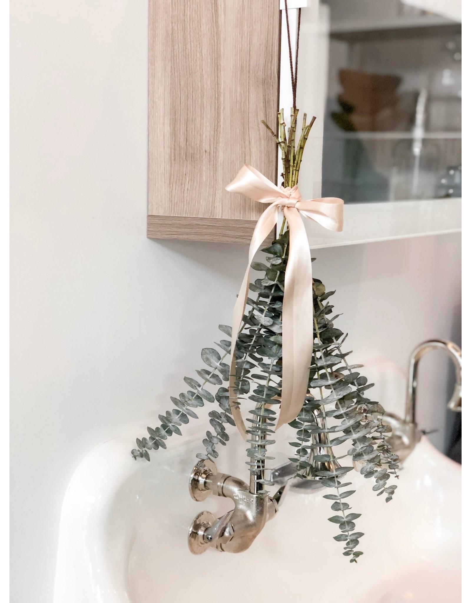 Charming @ The Market Fresh Cut Eucalyptus Bundle