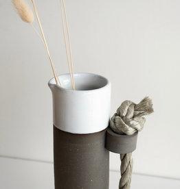 Atelier Tréma Pichet avec anse en corde nautique