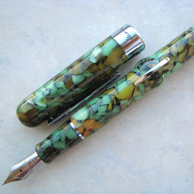 Conklin MARK TWAIN Vintage Green  CRESCENT FOUNTAIN PEN; STUB NIB CONKLIN