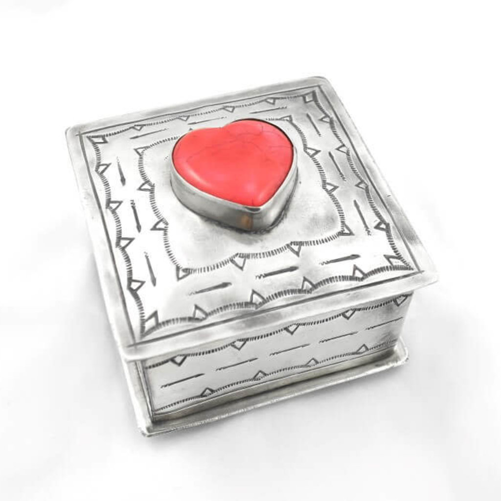 STAMPED SQ BOX W/CORAL heart