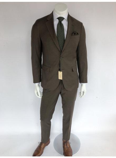 Trend Tobacco Suit
