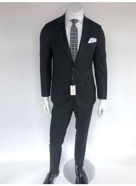 Trend Black Suit