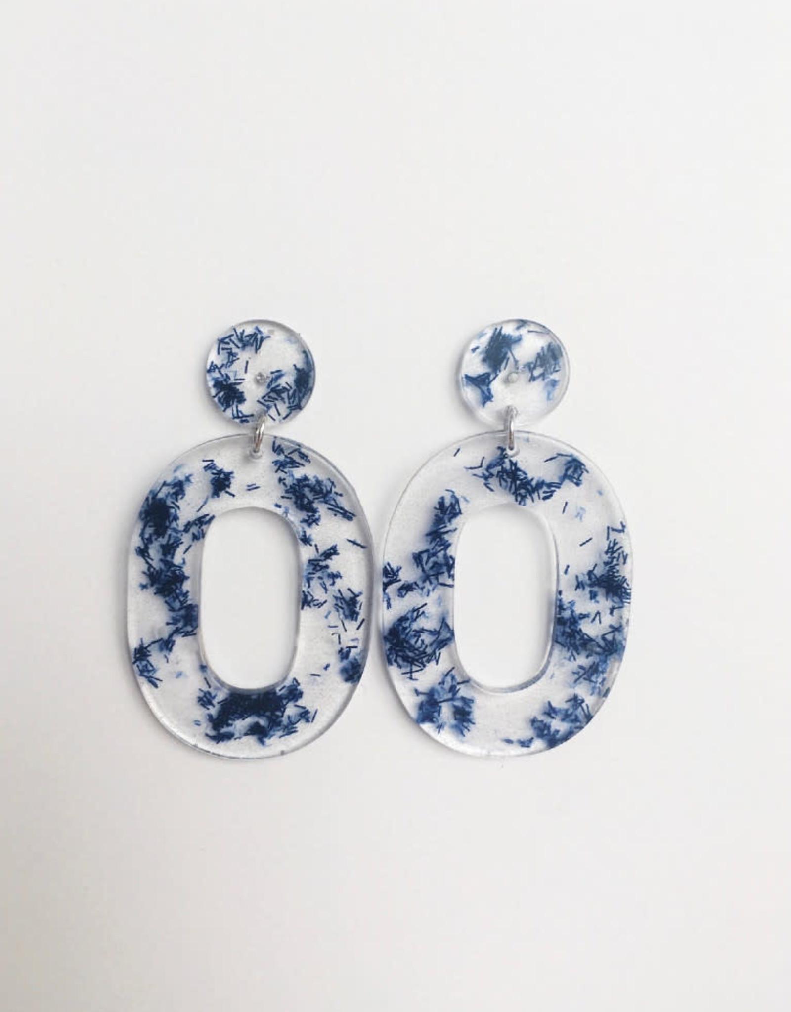 CartoucheMTL Boucles d'oreilles Alice CartoucheMTL Bleu