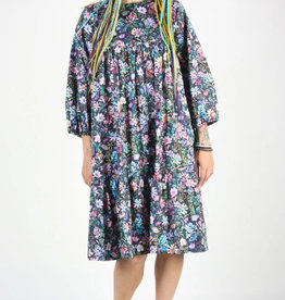 Birds of North America Robe Épervier AH2021 Birds of North America Deep Afternoon Garden