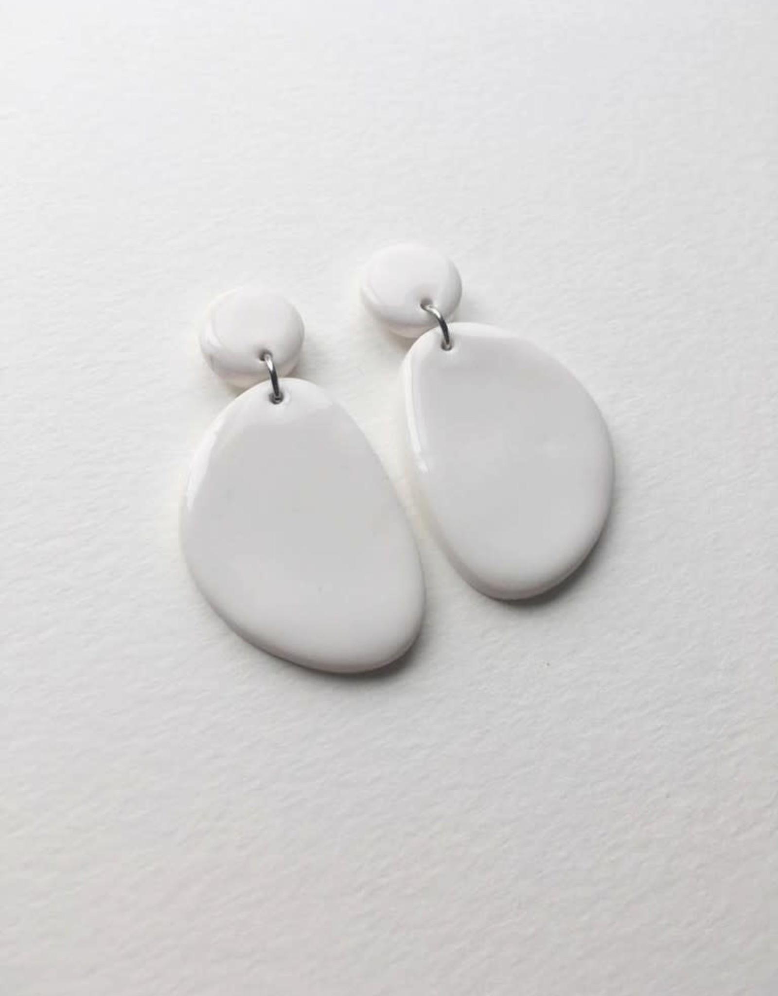 CartoucheMTL Boucles d'oreilles Olive CartoucheMTL Blanc