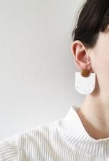 CartoucheMTL Boucles d'oreilles Audrey Blanc Confettis CartoucheMTL Moutarde