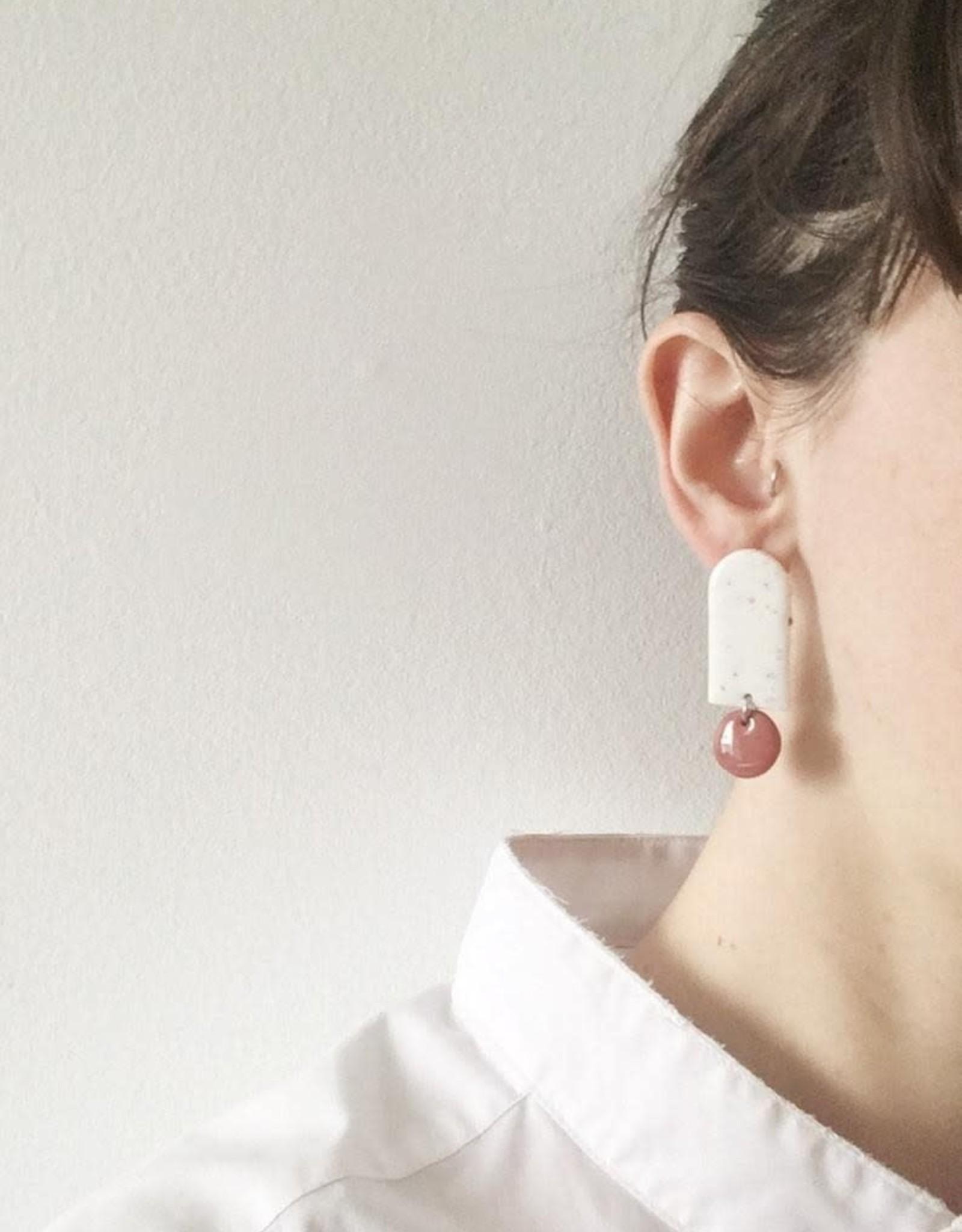 CartoucheMTL Boucles d'oreilles Odile Blanc Confettis CartoucheMTL Émeraude