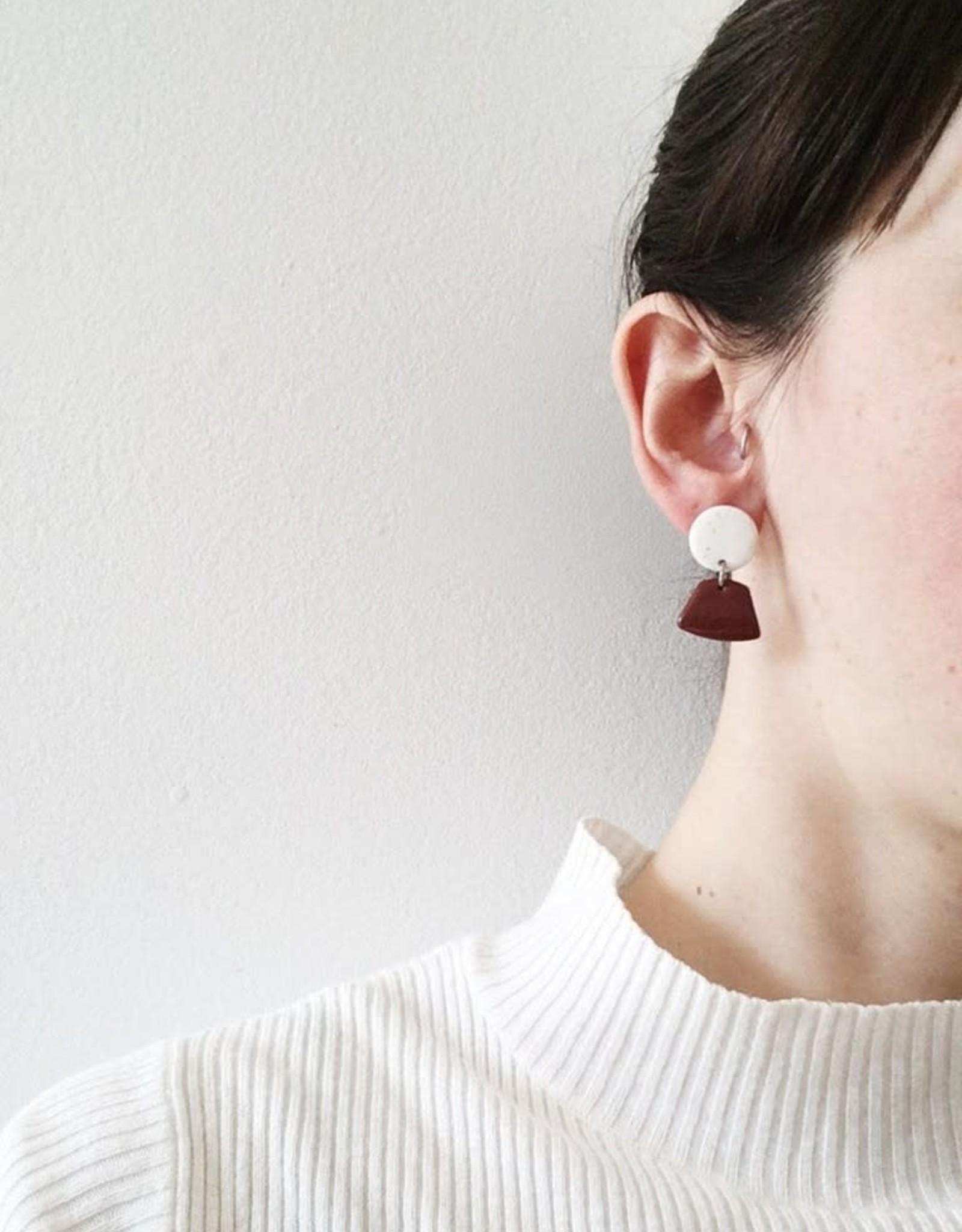 CartoucheMTL Boucles d'oreilles Émilie Blanc Confettis CartoucheMTL Terracotta