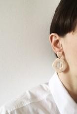 CartoucheMTL Boucles d'oreilles Suzanne CartoucheMTL Pêche confettis