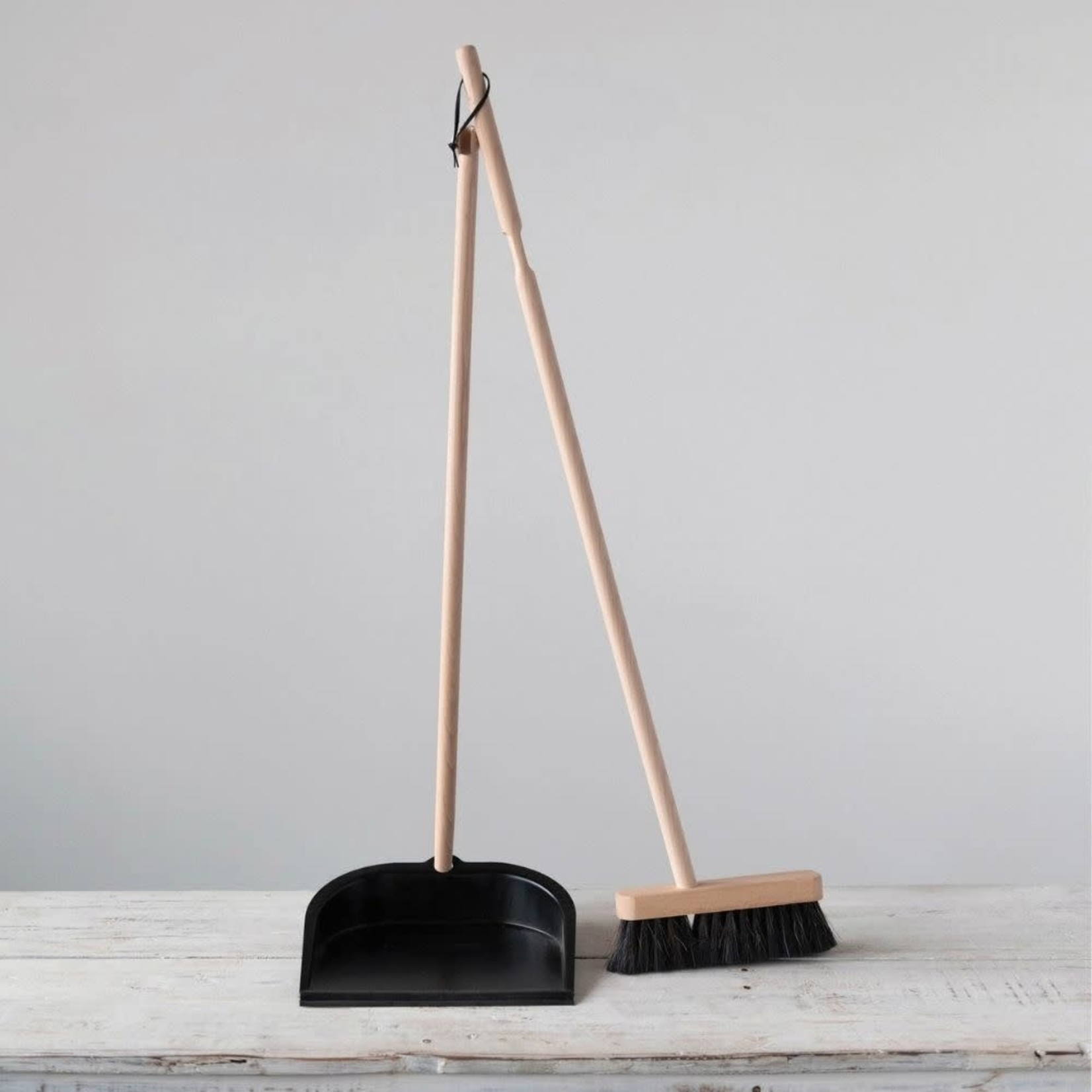 Beech Wood Broom & Dustpan