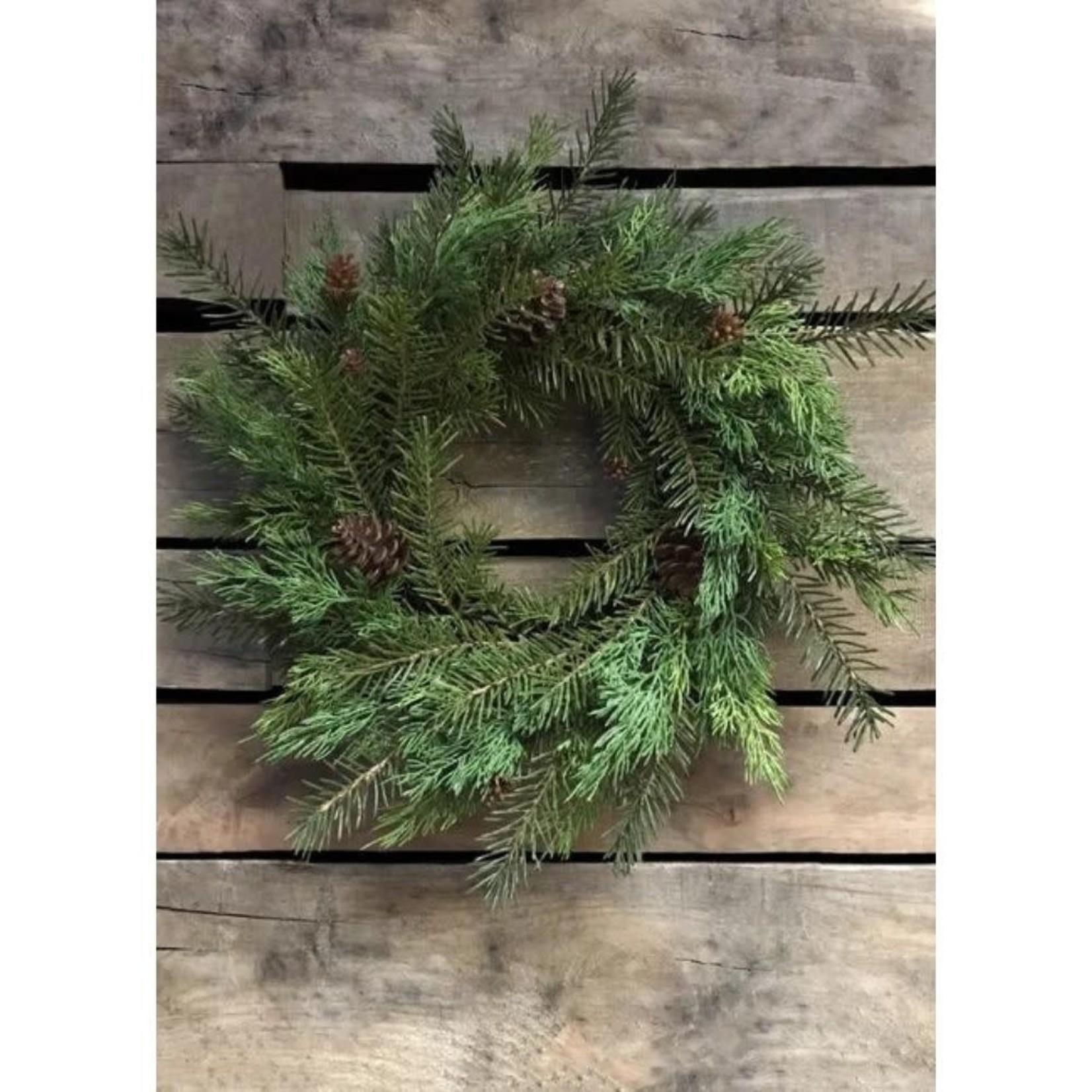 Fresh Touch Cedar & Hemlock Wreath Small