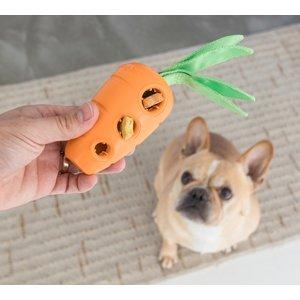 Outward Hound Petstages stuffed carrot