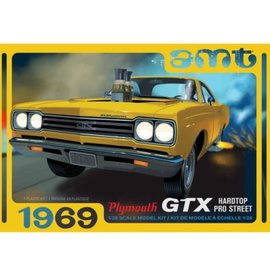 AMT 1/25 '69 PLYMOUTH GTX HDTOP PRO STREET