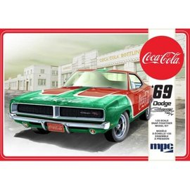 MPC Models 1/25 1969 Dodge Charger RT Coca-Cola Snap together