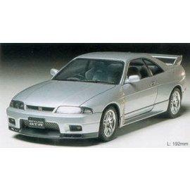 Tamiya 1/24 Nissan Skyline GT-RV Kit