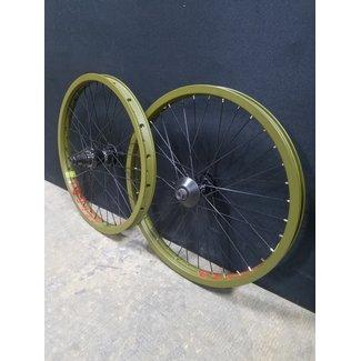 G-Sport Roll Cage Custom Wheel Set (RHD)