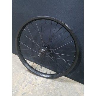 Salt & Eclat Custom Wheel (LHD)