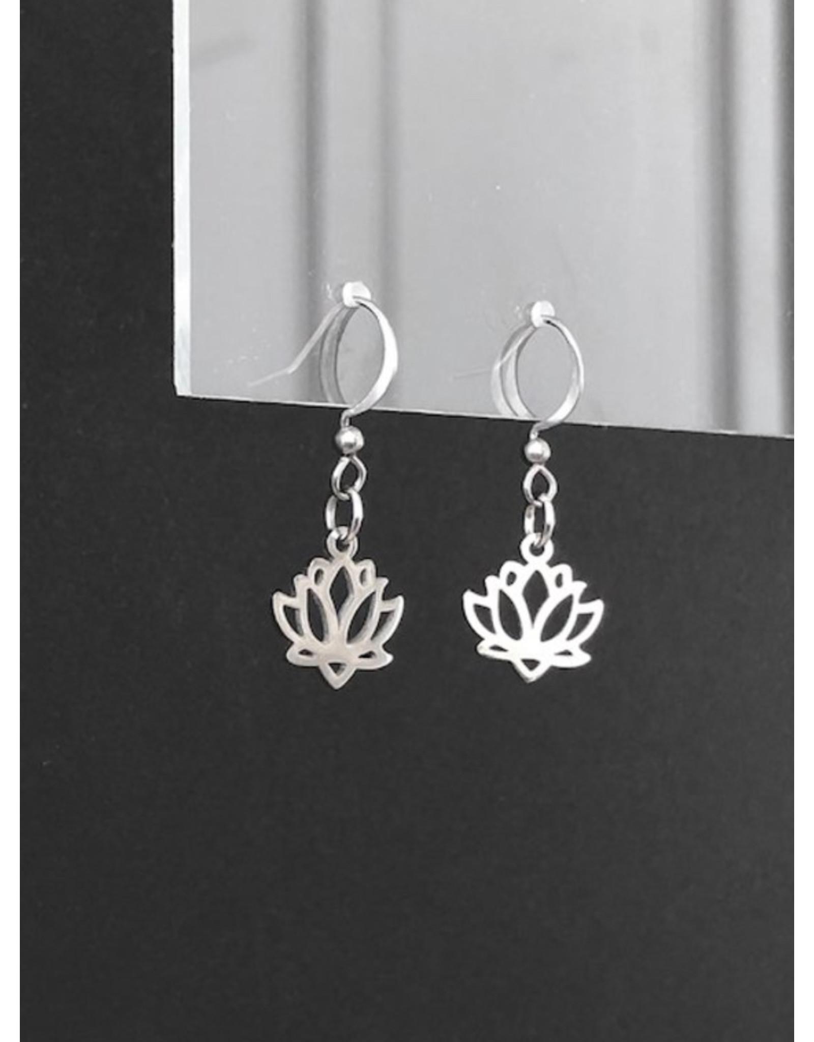 Mohawki Boucles d'oreilles Lotus