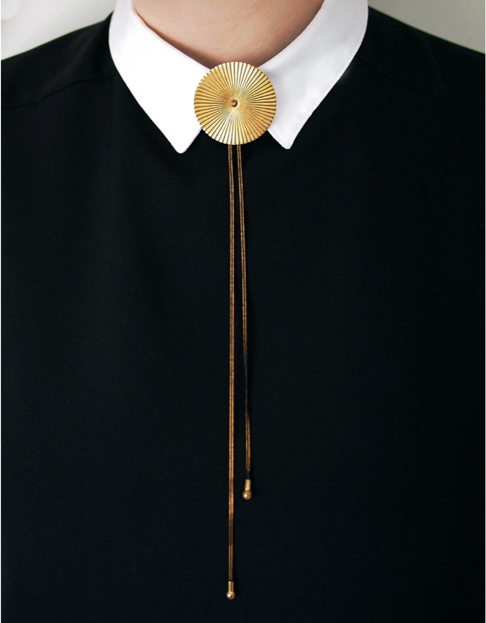 Lord Violet Collier Troulop large gold bolo