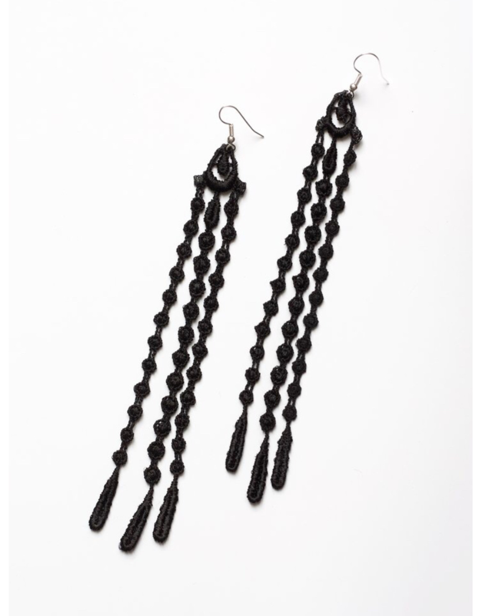 THIS ILK Boucles d'oreilles Seagrass noir