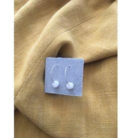 Les Parcelles Boucles d'oreilles Miniminimalistes - pierres blanches