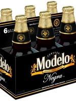 Modelo Negra Modelo