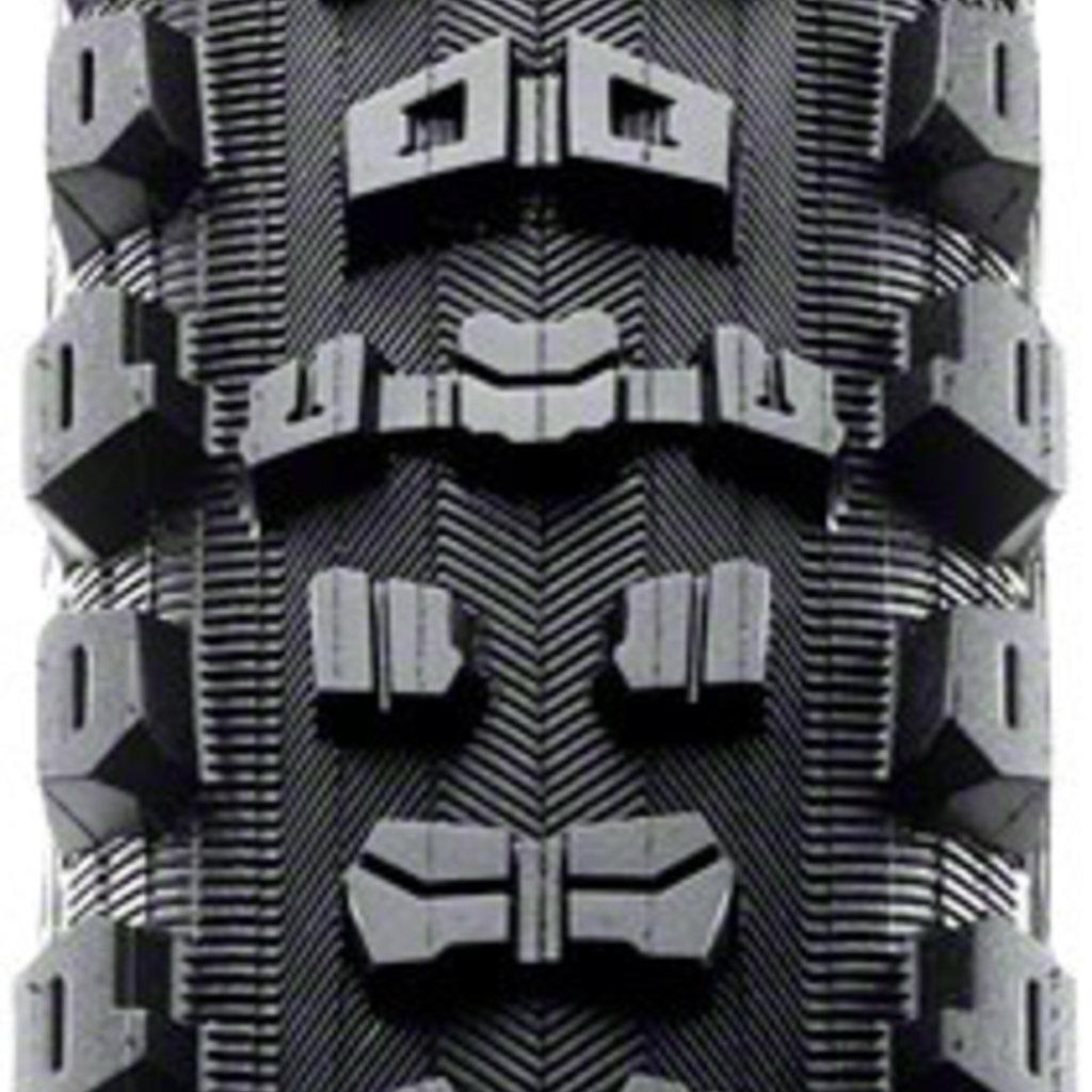 Aggressor Tire