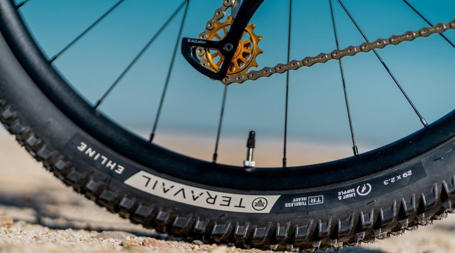 Tire Pressures with Mike Levy from Pinkbike!
