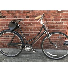 "Raleigh used bike #6202 Raleigh Rod Brake XL/22"" frame"