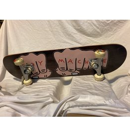 Toy Machine Fists 7.75 Complete skateboard