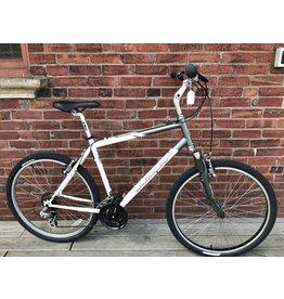 Used Bike #9789 Mongoose Pro Switchback SX MTB large gray/white